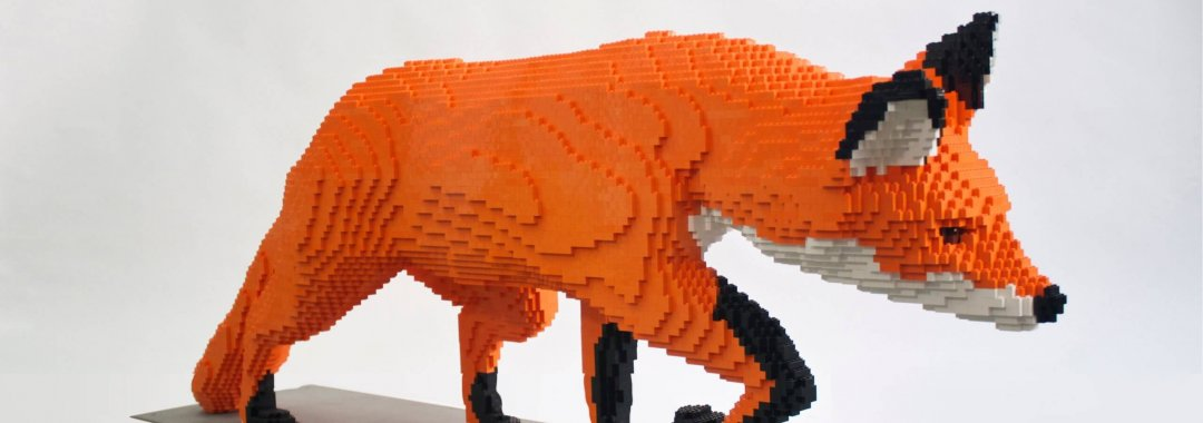 Fox built from lego bricks